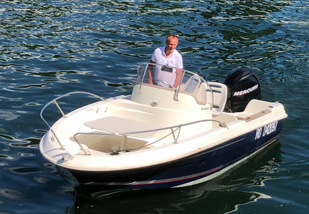 Motorboat for rent Saint-Cloud at the best price