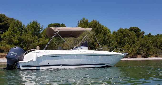 B2marine Cap ferret between personal and professional Marseille
