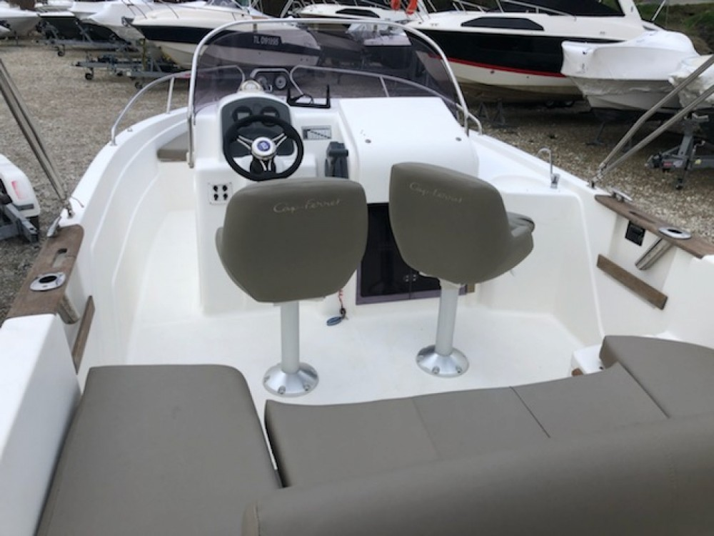 Rental Motorboat in Marseille - B2marine Cap ferret