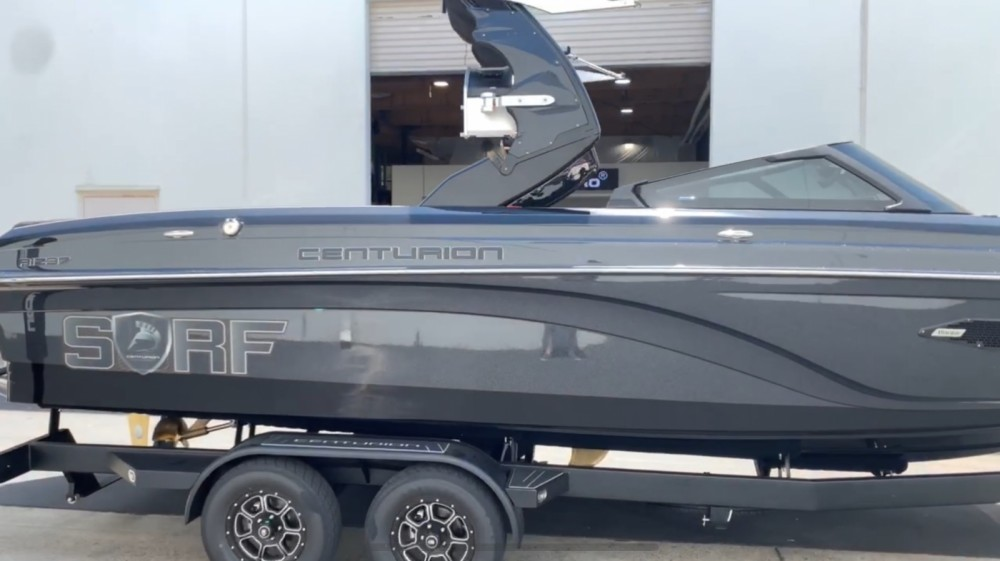 Boat rental Centurion Ri237 in San Diego on Samboat