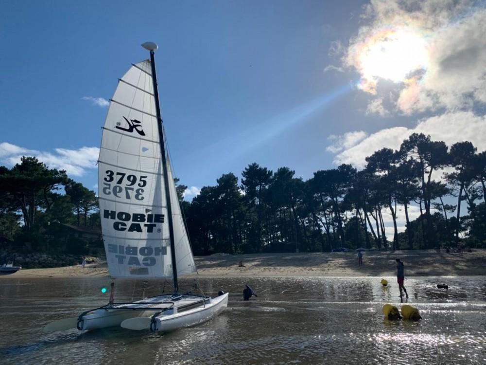Catamaran for rent Lège-Cap-Ferret at the best price