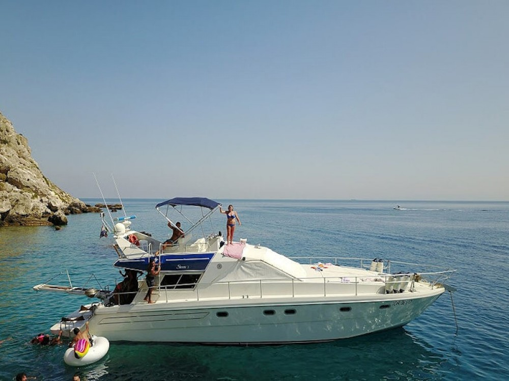 Boat rental Salvo Marina cheap Raffaelli Storm 47S