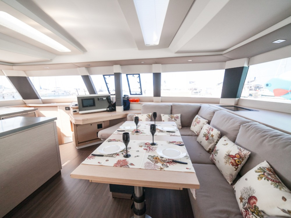 Boat rental Fountaine Pajot Saba 50 in Capo d'Orlando on Samboat