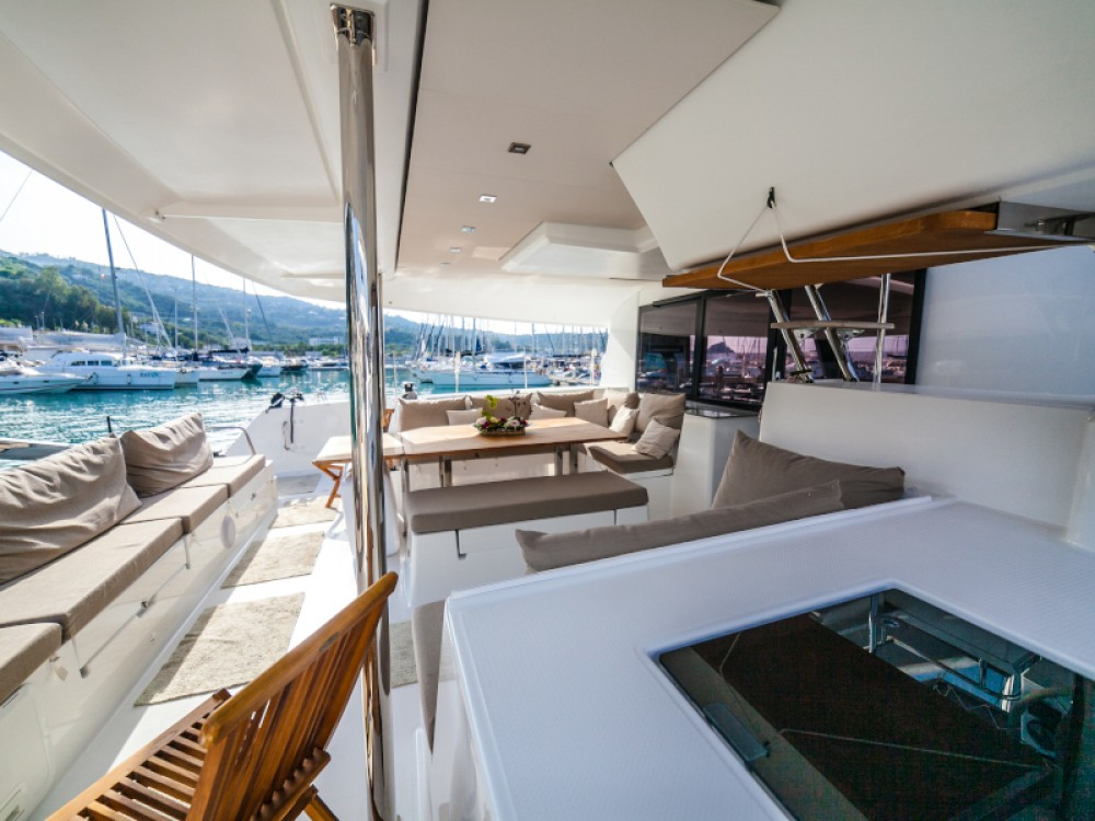 Hire Catamaran with or without skipper Fountaine Pajot Capo d'Orlando