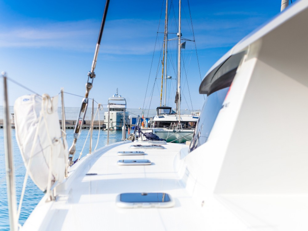 Rental yacht Capo d'Orlando - Fountaine Pajot Saba 50 on SamBoat