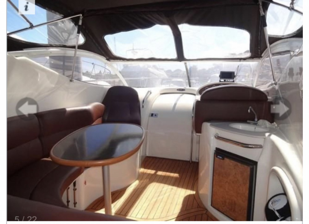 Boat rental Gobbi Gobbi 315 SC in Lloret de Mar on Samboat