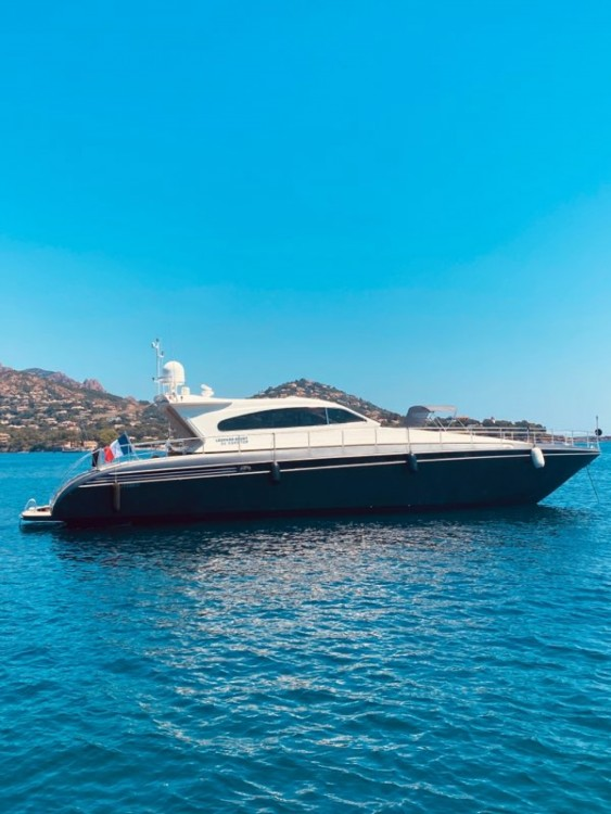 Hire Yacht with or without skipper Leopard Fréjus