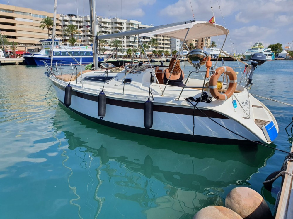 Rental Sailboat in Ibiza - Jeanneau Sun Odyssey 28.1