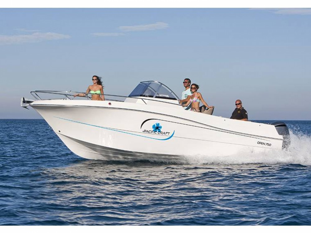 Pacific Craft Pacific Craft 750 Open between personal and professional Sainte-Maxime
