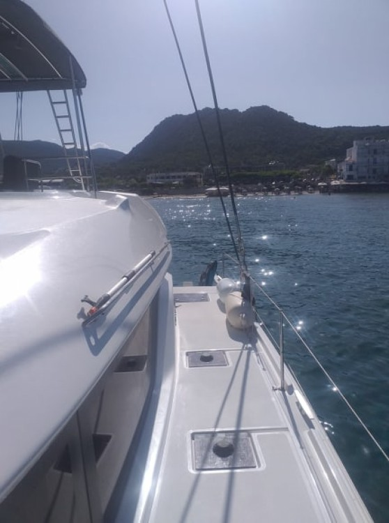 Rental Catamaran in Peloponnese, Western Greece and the Ionian - Lagoon Lagoon 50
