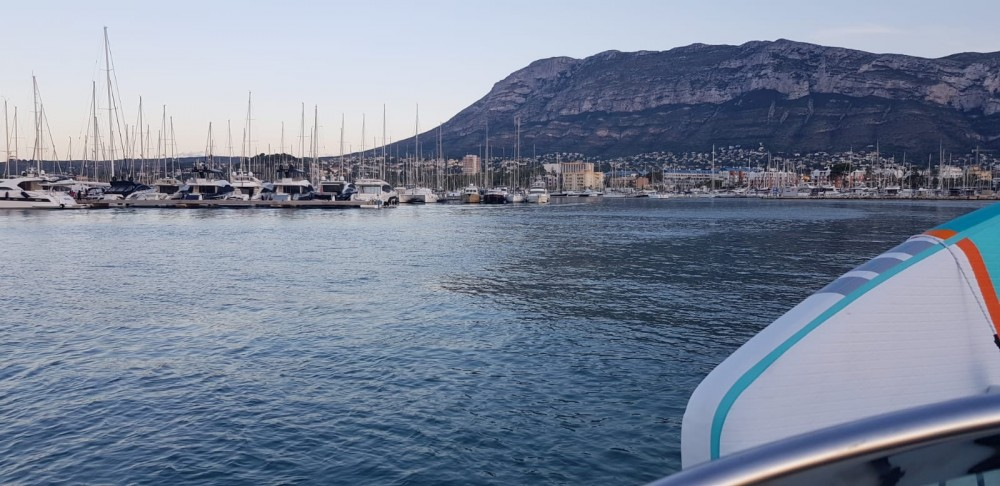 Hire Motorboat with or without skipper Four Winns Dénia