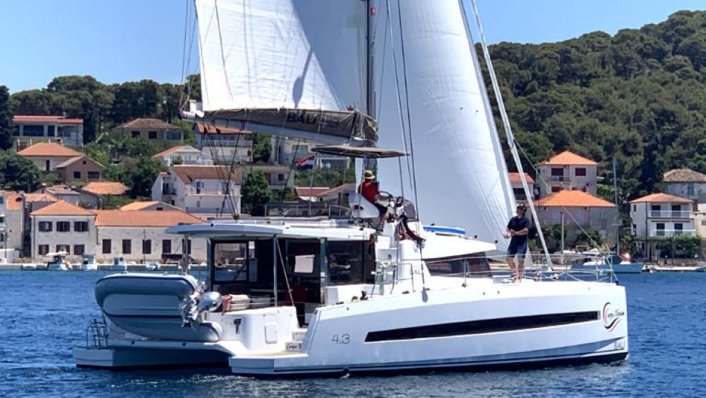 Rental yacht Rogoznica - Catana Bali 4.3 on SamBoat