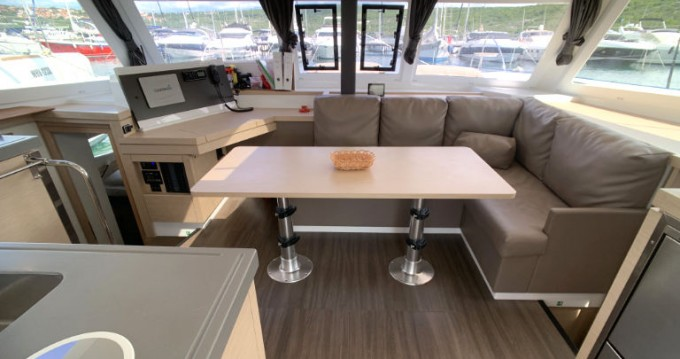 Rental yacht  - Fountaine Pajot Fountaine Pajot Lucia 40 - 3 cab. on SamBoat