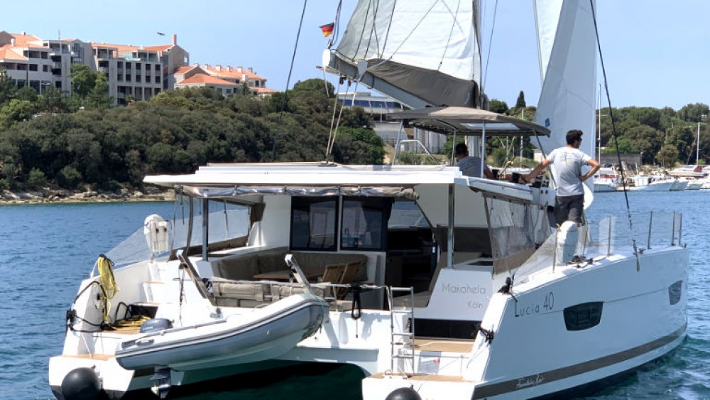 Boat rental Grad Pula cheap Lucia 40