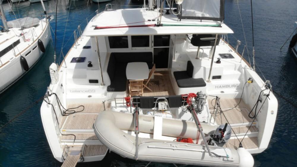 Boat rental Lagoon Lagoon 40 (4 cab) in Rogoznica on Samboat