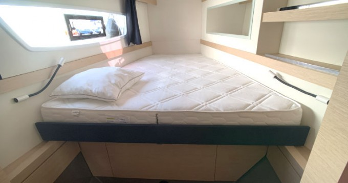 Boat rental Fountaine Pajot Fountaine Pajot Lucia 40 - 3 cab. in  on Samboat
