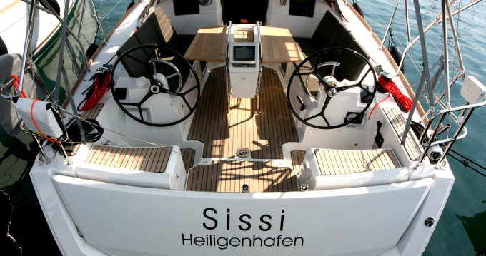 Jeanneau Sun Odyssey 389 between personal and professional Punat