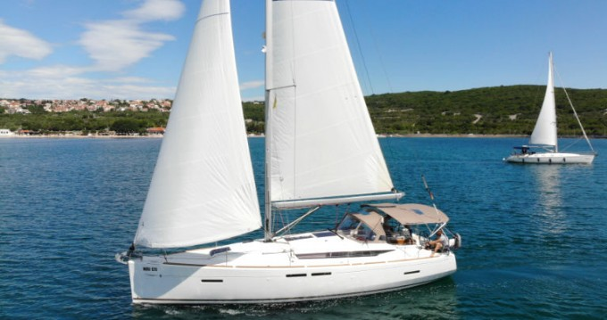 Jeanneau Sun Odyssey 419 between personal and professional Punat