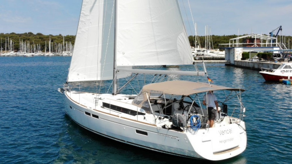 Jeanneau Sun Odyssey 479 - 4 cab. between personal and professional Grad Pula