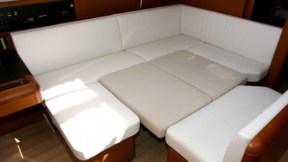 Rental Sailboat in Grad Pula - Jeanneau Sun Odyssey 479 - 4 cab.