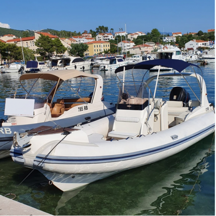 Hire RIB with or without skipper Nuova Jolly Kampor