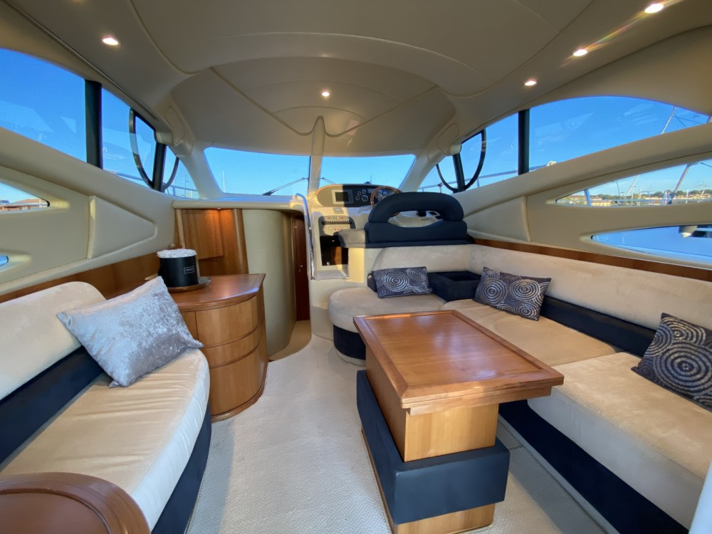 Azimut Azimut 39 E Fly between personal and professional Fréjus