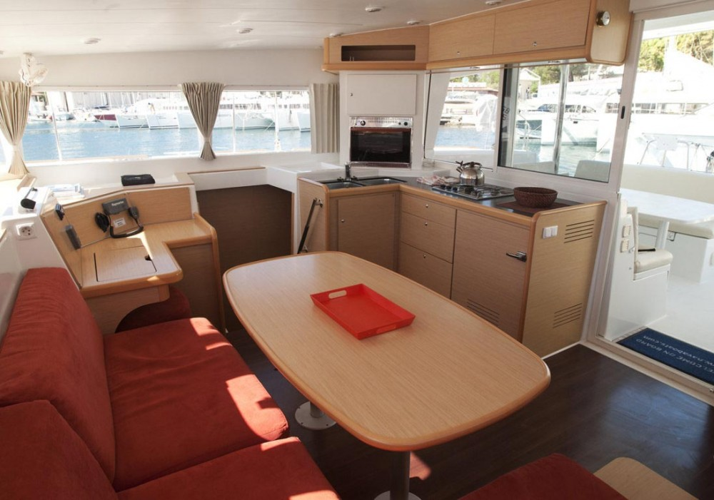 Rental Catamaran in Trogir - Lagoon Lagoon 400 - 4 + 2 cab.