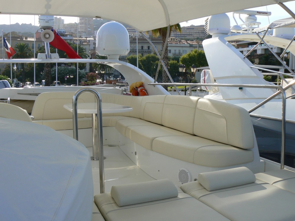Boat rental Fréjus cheap 68