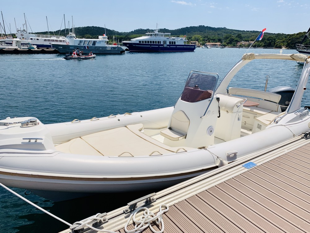 Nuova Jolly Prince 23 between personal and professional Hyères