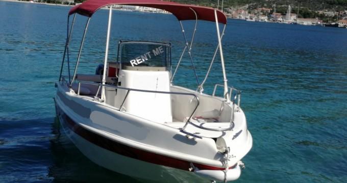 Rental yacht Cres - Blumax 19 open on SamBoat