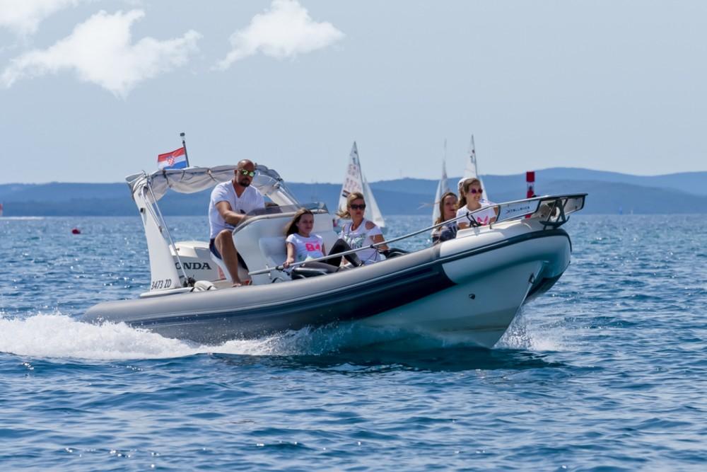 Rental yacht Grad Zadar - Arimar X-Cellence 730 on SamBoat