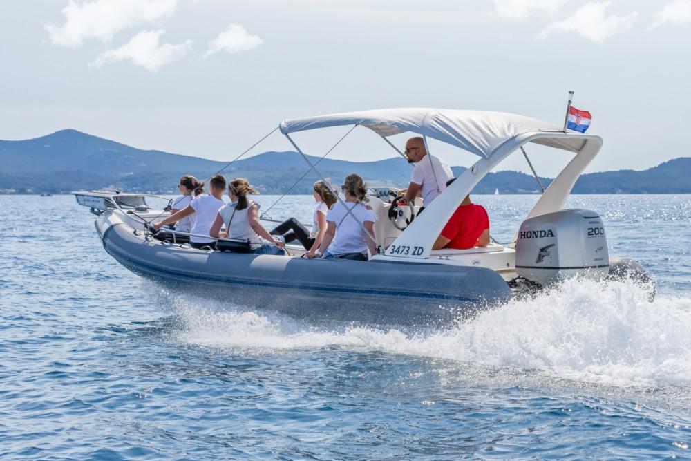 RIB for rent Grad Zadar at the best price