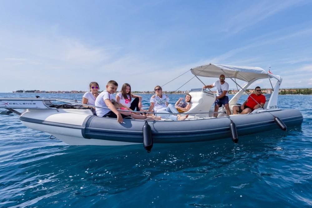 Boat rental Arimar X-Cellence 730 in Grad Zadar on Samboat