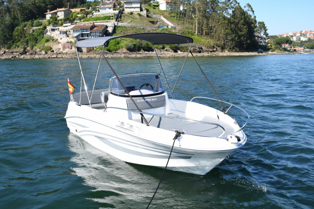 Hire Motorboat with or without skipper AM Yacht Baiona