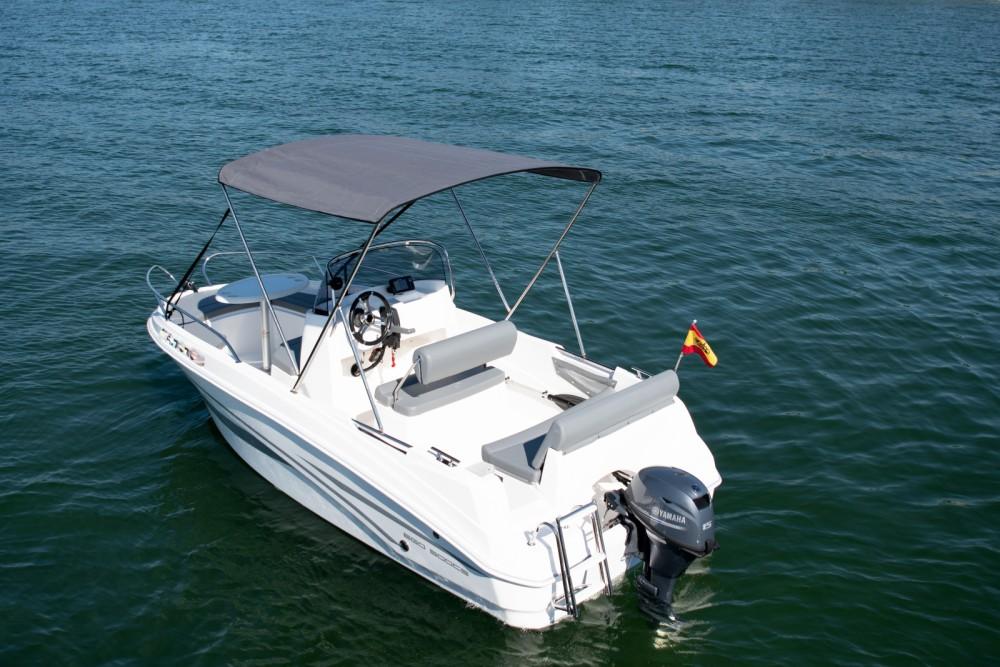 AM Yacht RINCHA between personal and professional Baiona