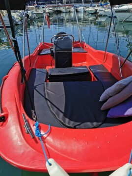 Rental Motorboat in Beaulieu-sur-Mer - Fun Yak Fun Yak 550