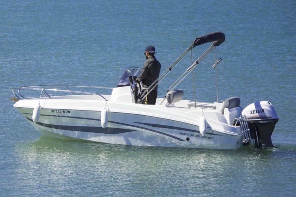 Rent a AM Yacht 500 Open Benalmádena