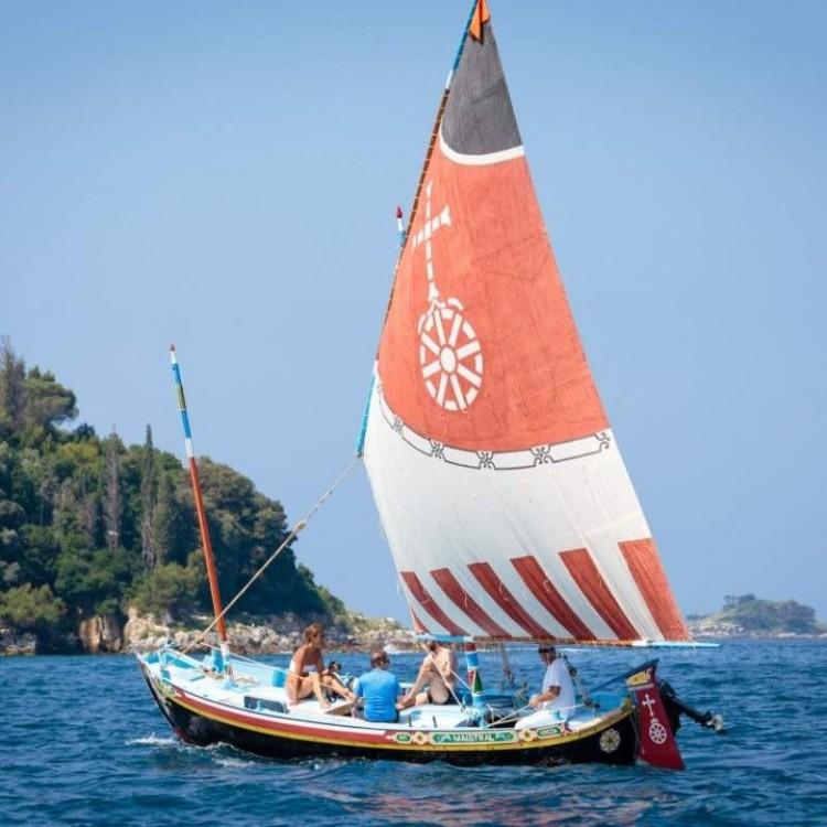 Boat rental Venice cheap Topo