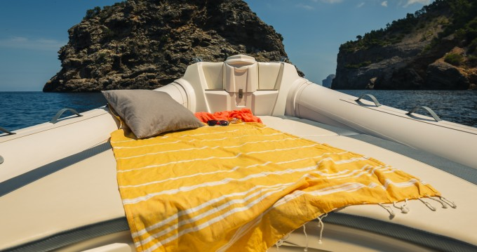 Rent a Nuova Jolly PRINCE 27 Port de Sóller