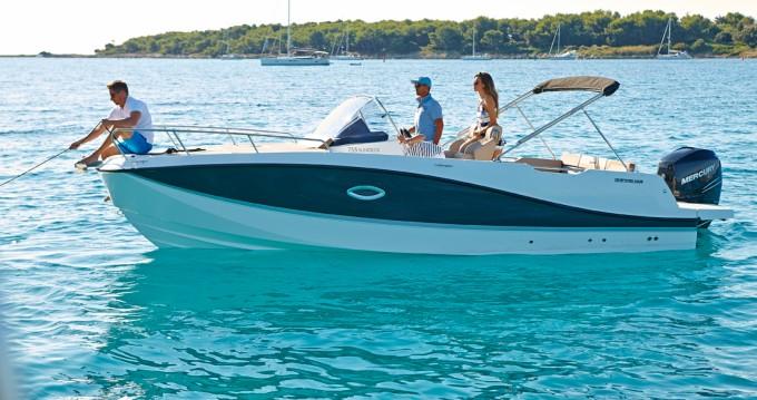 Boat rental Quicksilver 775 ACTIVE CRUISER in Platja d'Aro on Samboat