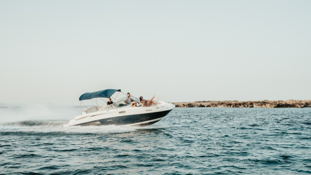 Sea Ray Sea Ray 260 between personal and professional Ibiza