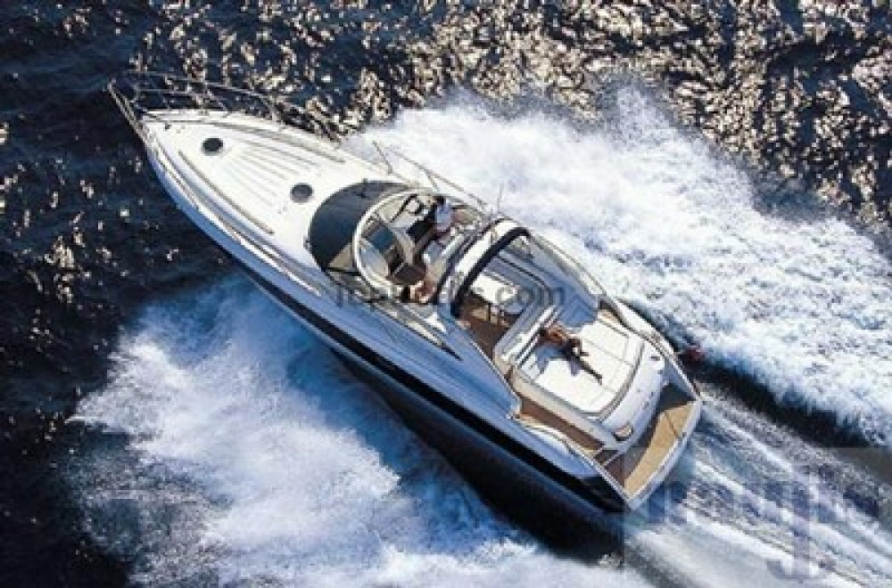 Rental Motorboat Princess with a permit