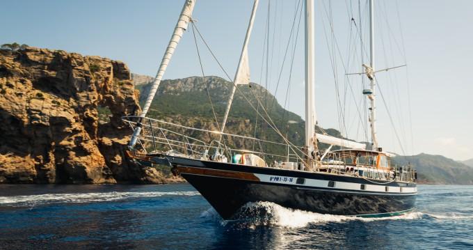 Boat rental Jongert 21S in Port de Sóller on Samboat