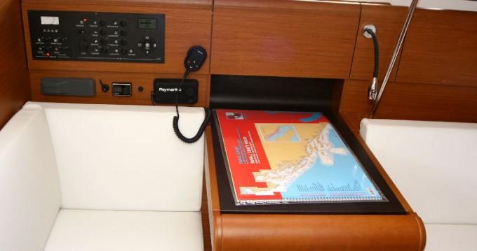 Rental yacht Punat - Jeanneau Sun Odyssey 419 on SamBoat