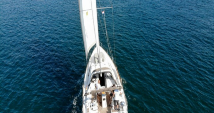 Boat rental Bénéteau Oceanis 38 in Pula on Samboat