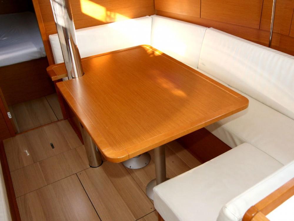 Boat rental Pula cheap Sun Odyssey 389