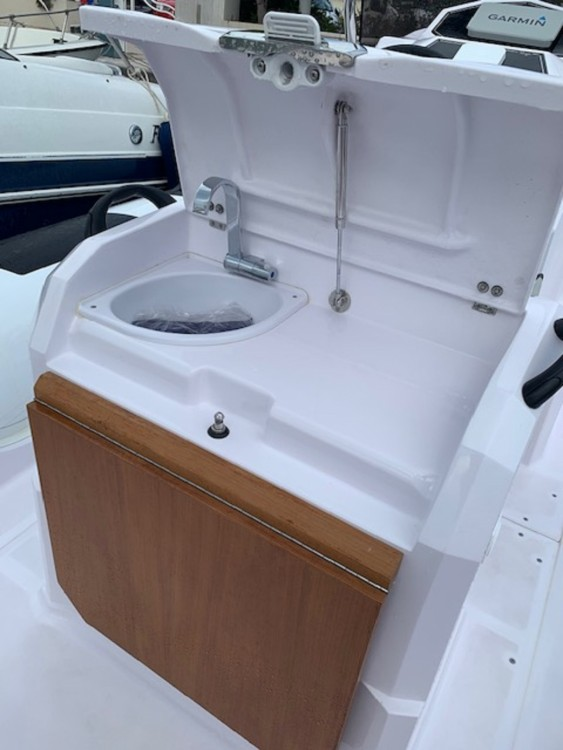 Rental yacht Cannes - Ranieri Cayman 23 Sport Touring on SamBoat