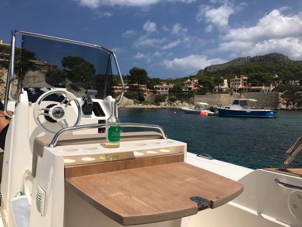 Boat rental Port d'Andratx cheap Tempest 700