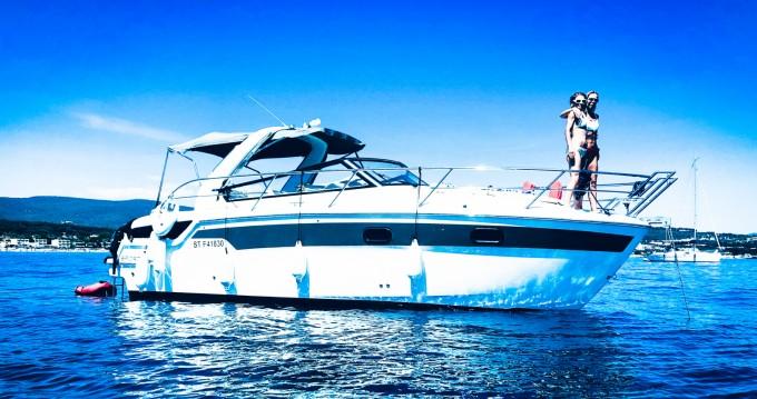 Rental Motorboat in Bormes-les-Mimosas - Bavaria Sport 300