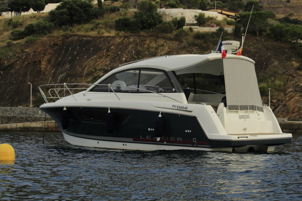Rental Motorboat in Portbou - Jeanneau Leader 9